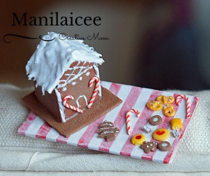 Dollhouse Gingerbread house miniature food cookies by Manilaicee