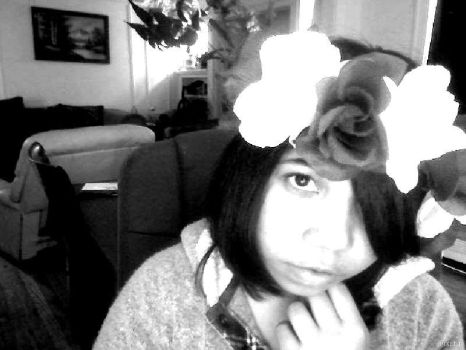a little head band thingy i made 0w0 by Esme-loves-you