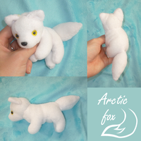Mini magnet plush: arctic fox by goiku