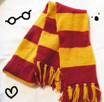 Harry Potter Gryffindor Scarf by hellohappycrafts