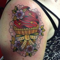 Alex Neo Traditional Cupcake by HammersmithTattoo