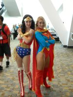 Wonder Woman and Supergirl by OtakuUnited