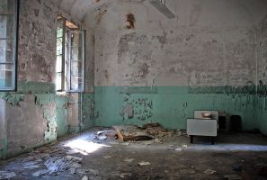 abandoned hospital #2.5 by leChatdeChester