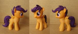 Scootaloo Custom by atelok