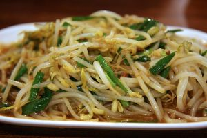 Bean sprouts by patchow