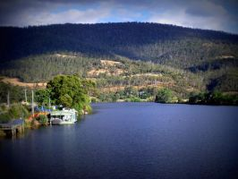 Huonville Habour by CheesyChan