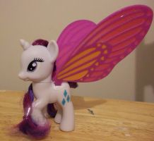Glimmer Wings Rarity Bait by VampyKit