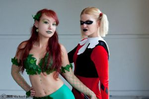 Poison Ivy and Harley Quinn 2 by Insane-Pencil