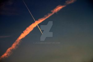 jet trail by loLaurer