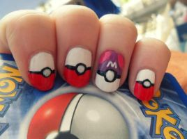 Pokeball Mani by NailedItWithGlitter