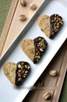 Pistachio and dark chocolate shortbread (+recipe) by claremanson