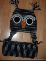 Owl hat in gray with scarf by Nanettew9