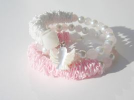 Memory Wire Ribbon Bracelet in Pink and White by Artisticat86