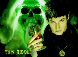 Tom Riddle by BloNdeAngel4you