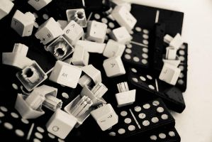 Domino play by CarloNs