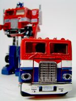 TF Encore Optimus Primes by archaznable30