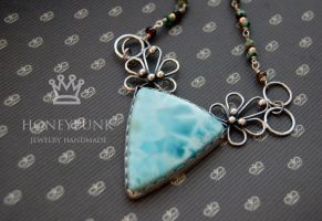 Necklace SeaLilly by honeypunk