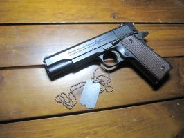 Colt M1911A1 by Kweonza
