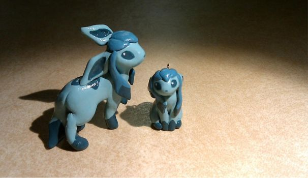 Glacion charm and statue by Meiyoukat
