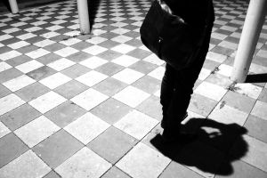 photographer on a chess board by Kratzi
