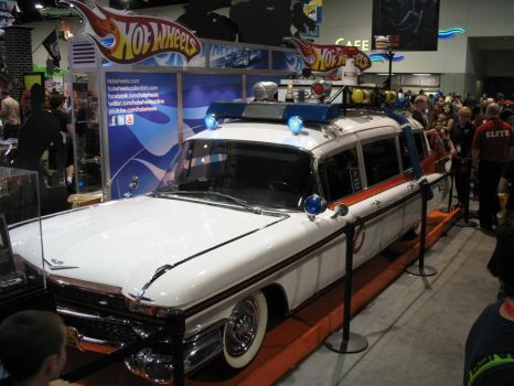 CC10 Ghostbusters Ecto-1 by negibus