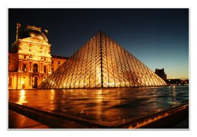 Sun goes down in Lourve by thanhdad