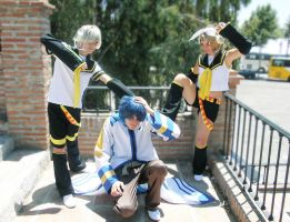 Vocaloid: Len, Rin y Kaito 02 by YagamiSayu