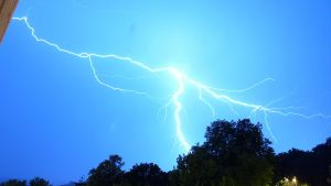 August 7th Thunderstorm by Taliesin-Neonblack
