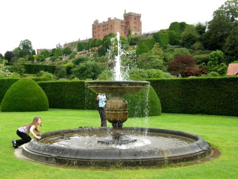 Fountain at Powys Castle by purple-whirlpool