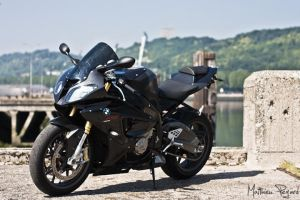 bmw S1000RR by Makavelie