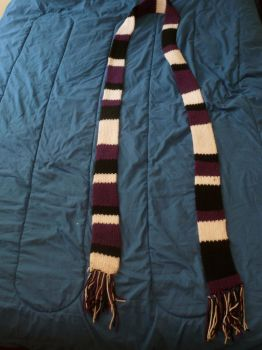 Doctor Who-style Colorado Rockies scarf by IanM