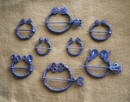 Penannular brooches 2 by Astalo