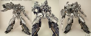Voyager Megatron custom 2.0bot by Unicron9