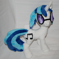 Vinyl Scratch by LavenderExtract