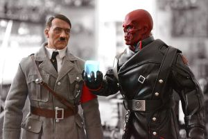 Hot Toys Red Skull: Turning the Tide of the War by ZaEmpera
