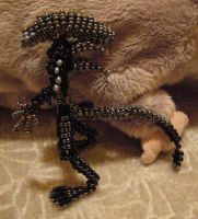 Beaded alien 2 by Werwolfka