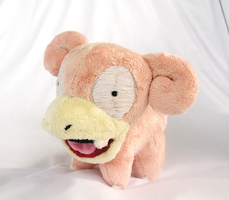 Slowpoke Pokedoll by xBrittneyJane