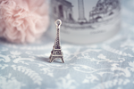 Tiny Eiffel by soinkah