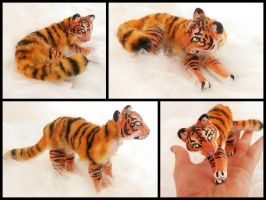 Handmade Poseable Mini Tiger by KaypeaCreations
