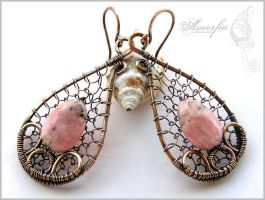 Rhodochrosite and bronze wire wrapped earirngs by amorfia