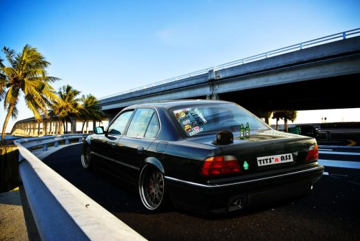 BMW 750i by FelipeGula