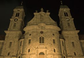 Cathedral at Night by crazyswisscow