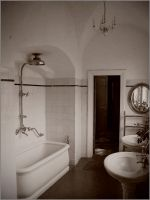 retro bathroom by cegli