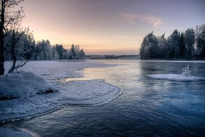 Winter sunset by ToniL