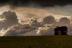 The clouds's refuge by Anupthra