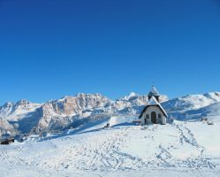 A small chapel in the Dolomites by AlbRai78
