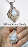 Naiad by blackcurrantjewelry