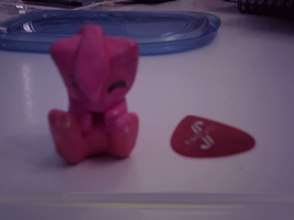 Mew clay figure :ANIMATED: by Artistonfire