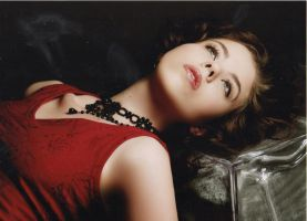 shooting 2007- lady in red (1) by Tenraii