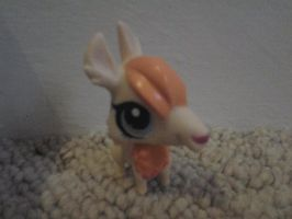 LPS Llama by ButchxButtercup1996